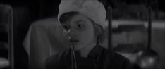 Детская непосредственность и глаза по-настоящему зрелой актрисы в никому неизвестном фильме, который никого не оставляет