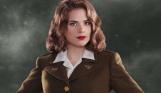 Трудно сосчитать количество недостатков «Первого мстителя», но одно достоинство у него было - Хейли Атвелл в военной униформе. Да, передвижная мебель, зато смотреть на нее было куда интересней, чем на события фильма.