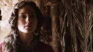 """В """"Исходе"""" Ридли Скотта было плохо практически все, кроме испанской актрисы, сыгравшей жену Моисея, Сепфору - она своим тихим очарованием на минуту заставила поверить в то, что мы смотрим на иудейскую легенду, а не скверную голливудскую пантомиму."""