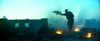 13-hours-the-secret-soldiers-of-benghazi-2016-720p-bluray-x265-shaanig-mkv_snapshot_02-00-43_2017-02-18_21-32-02